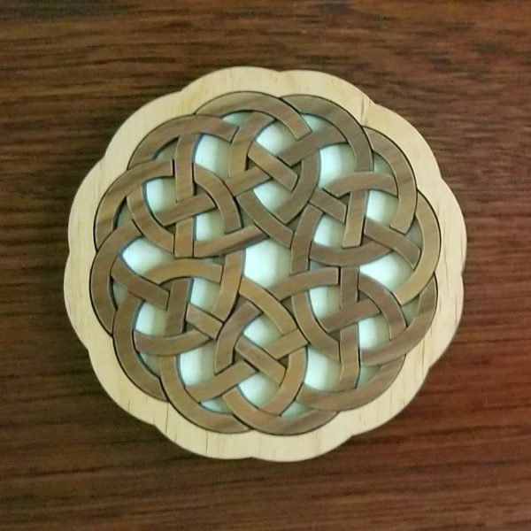 Interlace Pretzel Puzzle